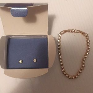 Avon tennis bracelet earring set sparking crystal